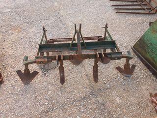 arado para tractor pequeño