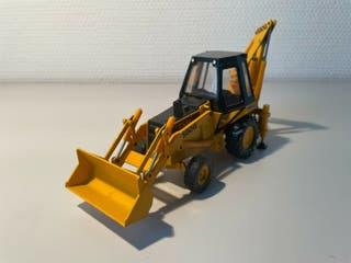 Retroexcavadora Case 580G Construction King 1:35