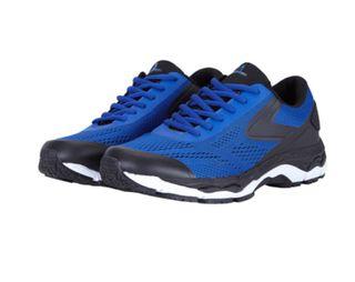 Running zapatillas gel 44 + chanclas + calcetines.