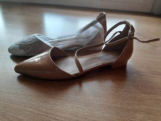 Zapatos planos color nude Asos