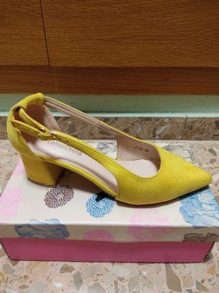 Zapato salón tacón