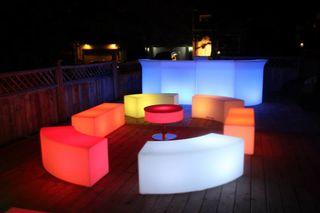Mobiliario de jardin bares macetros mesas
