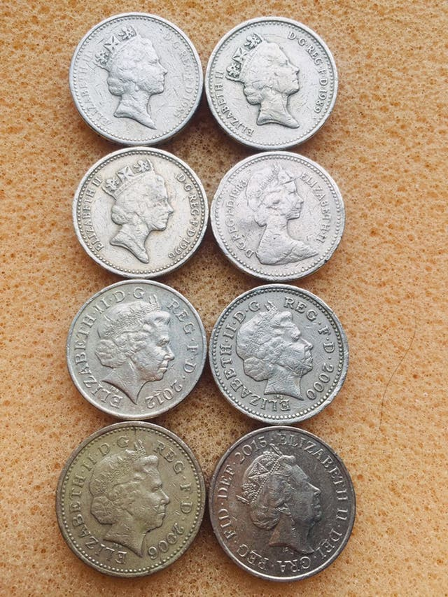 Old 1 pound coin set of 8 coins..
