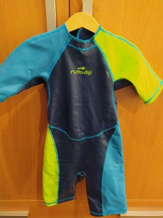 Neopreno bañador niño natación DECATHLON Talla 6
