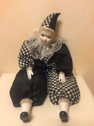 Muñeco de cerámica