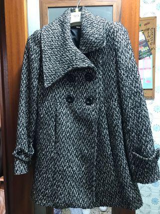 Abrigo color pata de gallo blanco/negro