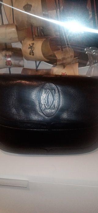 Bolso negro original. cartier