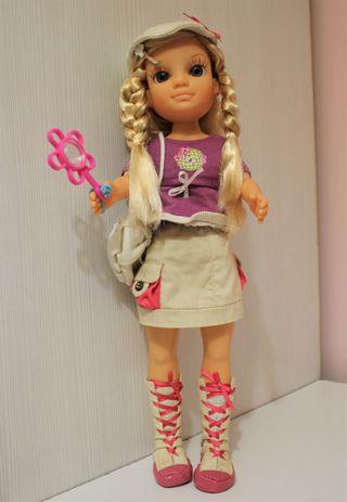 Muñeca Nancy exploradora