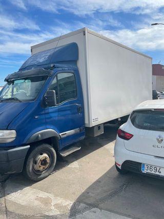 Camión caja + Tarjeta de transporte