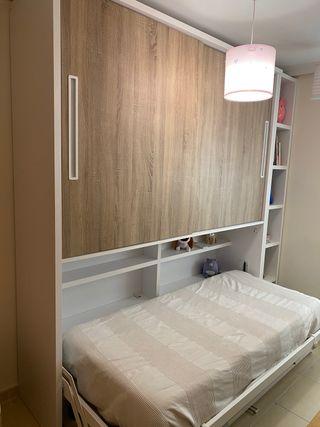 Mueble cama abatible, escritorio y armario