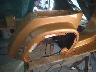 pintor de coche y moto y mecánico de moto
