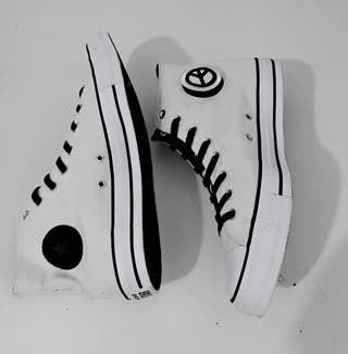Converse seek Peace white