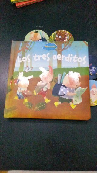 Libro infantil Los tres cerditos.