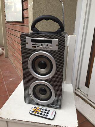 Altavoz Con usb y radio