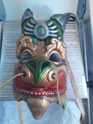 Máscaras originales del Circo del Sol