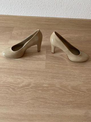 Zapatos talla 38 beige