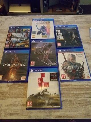 Se venden varios juegos de ps4