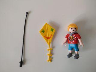 Playmobil niño con cometa