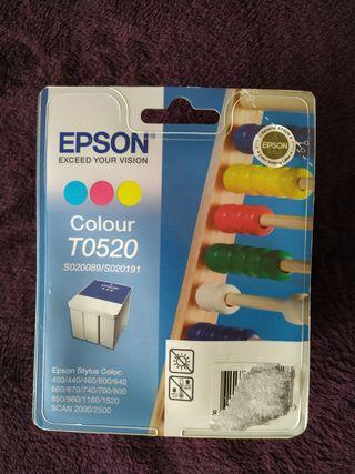 Cartucho de tinta Epson colour T0520