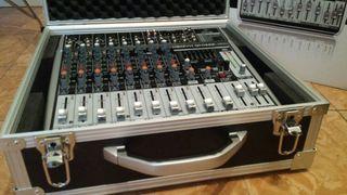 Mesa de mezclas Behringer Xenyx QX1222USB