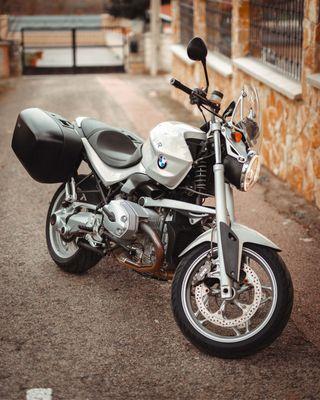 Moto BMW R1200R