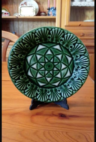 Plato decorativo tonos verdes 14 cm de diámetro