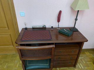 Conjunto de escritorio clasico