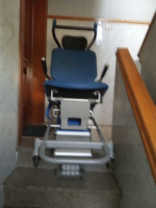 Silla de ruedas salva escaleras