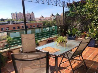 Vendo piso con terraza frente Palacio de congresos. Edf con piscina y parking