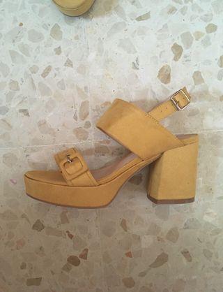 Zapato tacón 37 amarillo mostaza