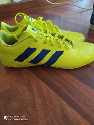 botas futbol sala adidas
