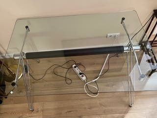 mesa de despacho o comedor de diseño