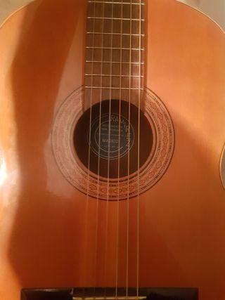 guitarra Ramírez etiqueta azul
