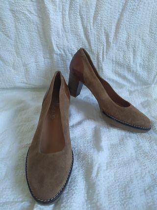 Zapatos de vestir con tacón Huellas