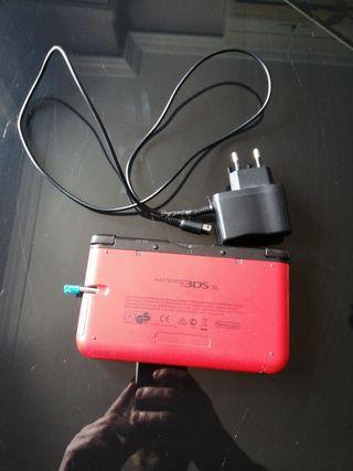 vendo Nintendo 3DS XL Y CARGADOR