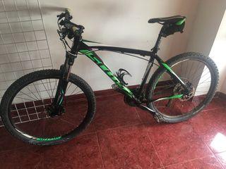 Se vende bicicleta scott aspect 750 talla L