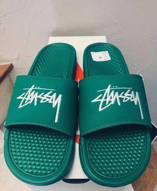 Nike stussy benassi green pine chanclas sandalias