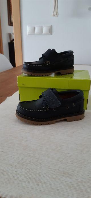 zapato castellano azul marino 27
