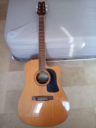 Guitarra Washburn electro-acústica