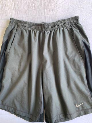 Pantalón corto de deporte Nike hombre