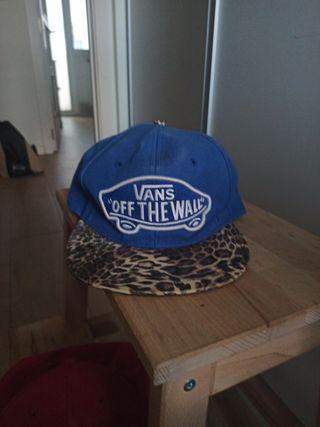 regalo gorra carhartt y vans