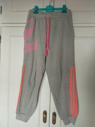 Chándal gris Adidas