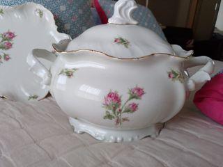 espectacular sopera porcelana Capeans