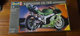 Maqueta moto Kawasaki ZX 1:9 sin montar