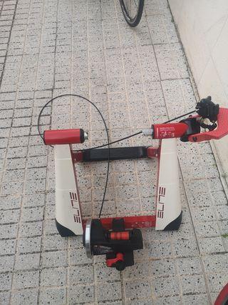 rodillo elite nova force más rueda mavic