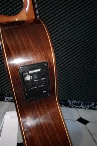 guitarra prudencio Sáez mod 17 amplificada