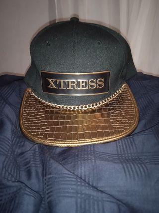 gorra XTRESS acabo dorado