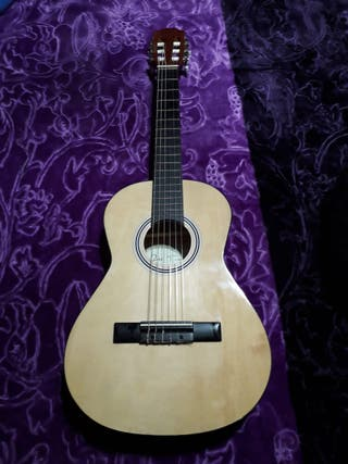 guitarra infantil José Torres