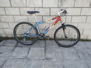Bicicleta BH OVER X aluminio