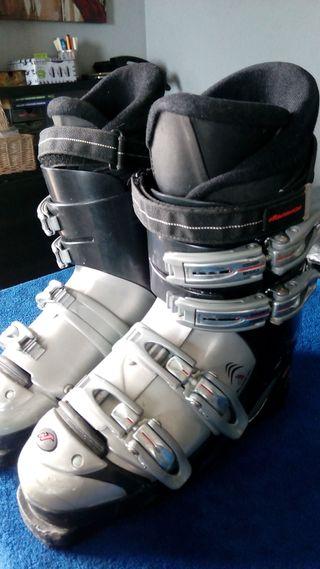 Botas para Esquí Nordica F 6.5. De la talla 250/25